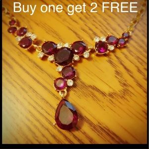 Jewelry - Rhinestones gold plated necklace Neck39